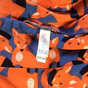 LuLaRoe Pants - Lularoe Orange Fox Skinny Leggings One Size